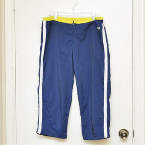Nike Navy White Yellow Capris with Pockets Sz L